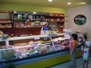 Arredamenti, attrezzature professionali e macchinari per Supermercati e Alimentari